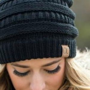 CC Beanie in Black